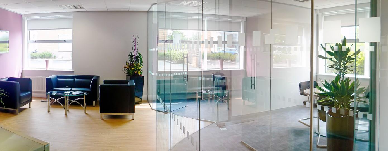 glazed-reception-area-1389x543